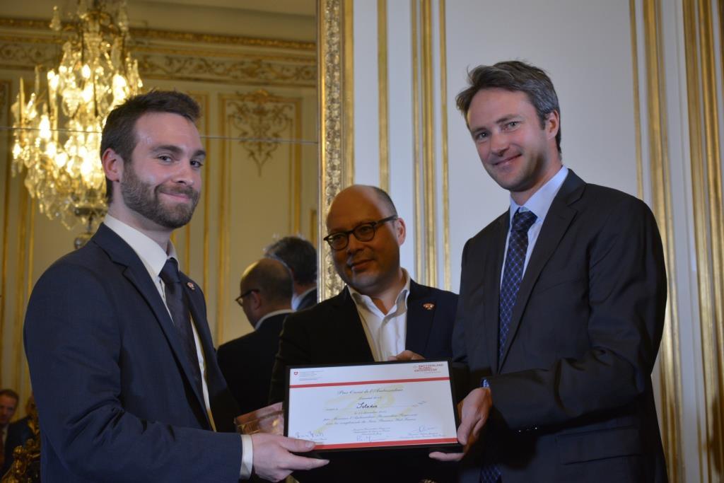 "SOLADIS GmbH receives the Invest award during the ""prix croisé de l'ambassadeur"" 2015 ceremony"